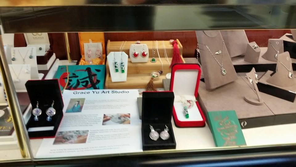 Grace Yu jewelys display case3